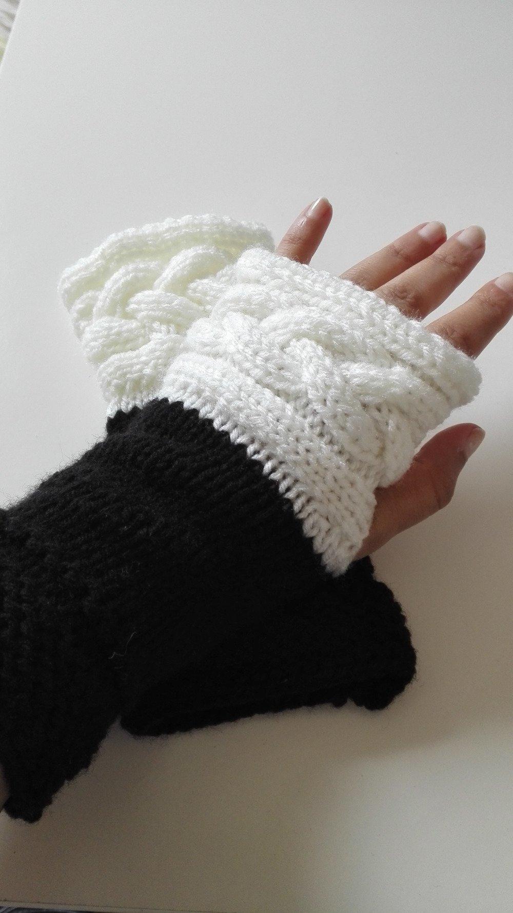 Mitaine Outlander gants laine blanc noir torsade Ecosse Claire sassenach idée cadeau femme Miss Perles