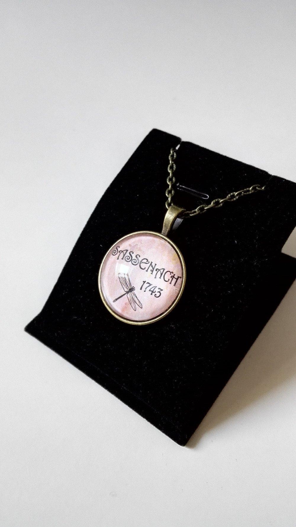 Collier Outlander celtique sassenach libellule cabochon bronze beige féérique idée cadeau Miss Perles