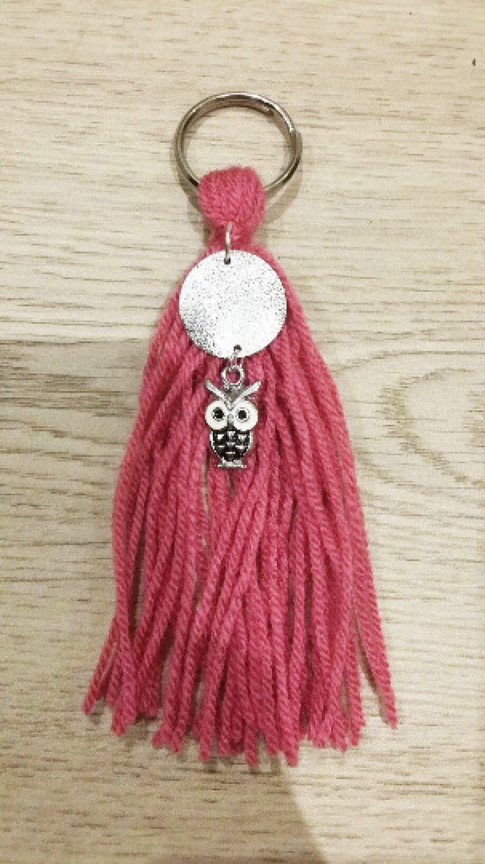 porte clé ou bijoux de sac pompon rose - perle hibou