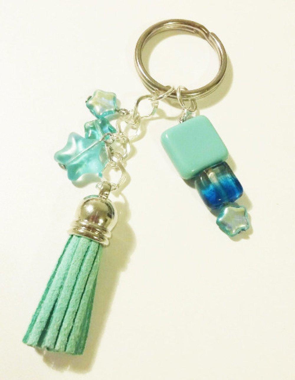 Porte-clé ou bijou de sac - pompon et étoiles