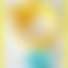 Bracelet élastique jaune à noeud - breloque coeur en plastique turquoise