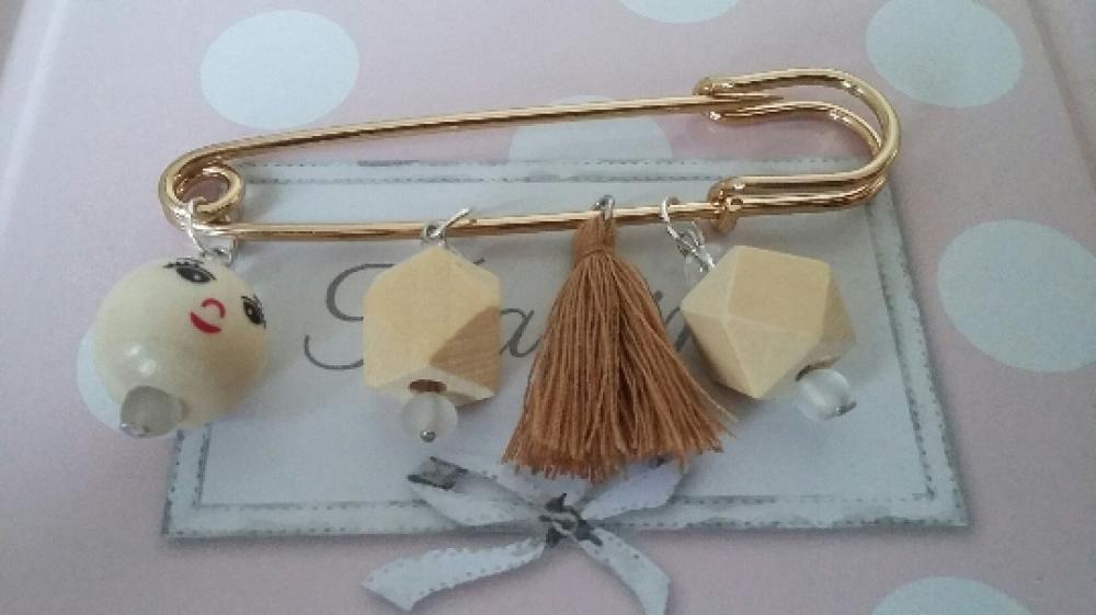 Broche perles en bois bonhomme et géométriques et pompons