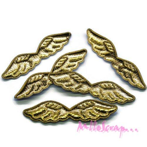 *lot de 5 ailes tissu doré embellissement scrapbooking carte (réf.310).*