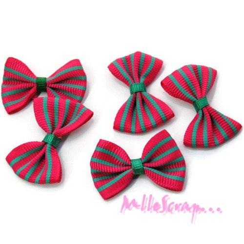 *lot de 5 noeuds rayés tissu rose foncé, vert embellissement scrapbooking carte. *