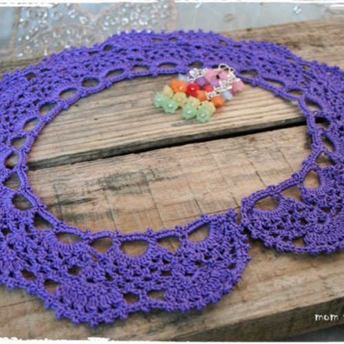Col au crochet en 100% coton couleur violet