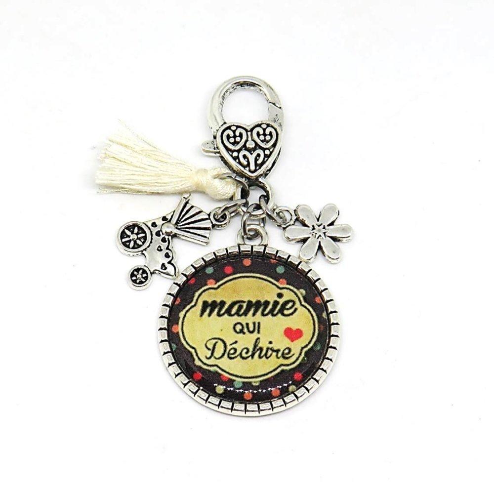"""Porte clés """"Mamie qui déchire"""" / cadeau, mamie, grand-mère, fête des grand-mères"""