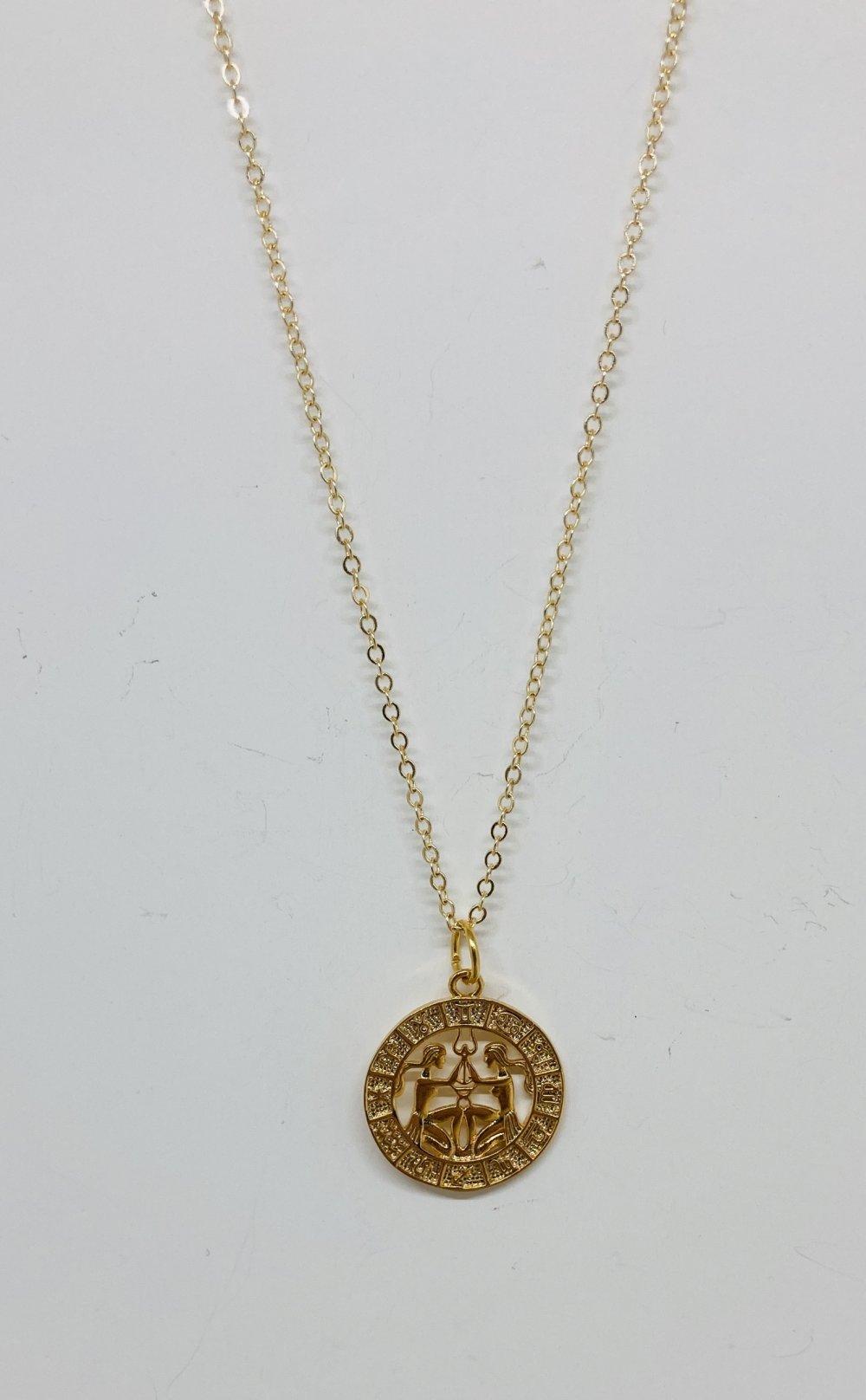 Collier médaille Astro