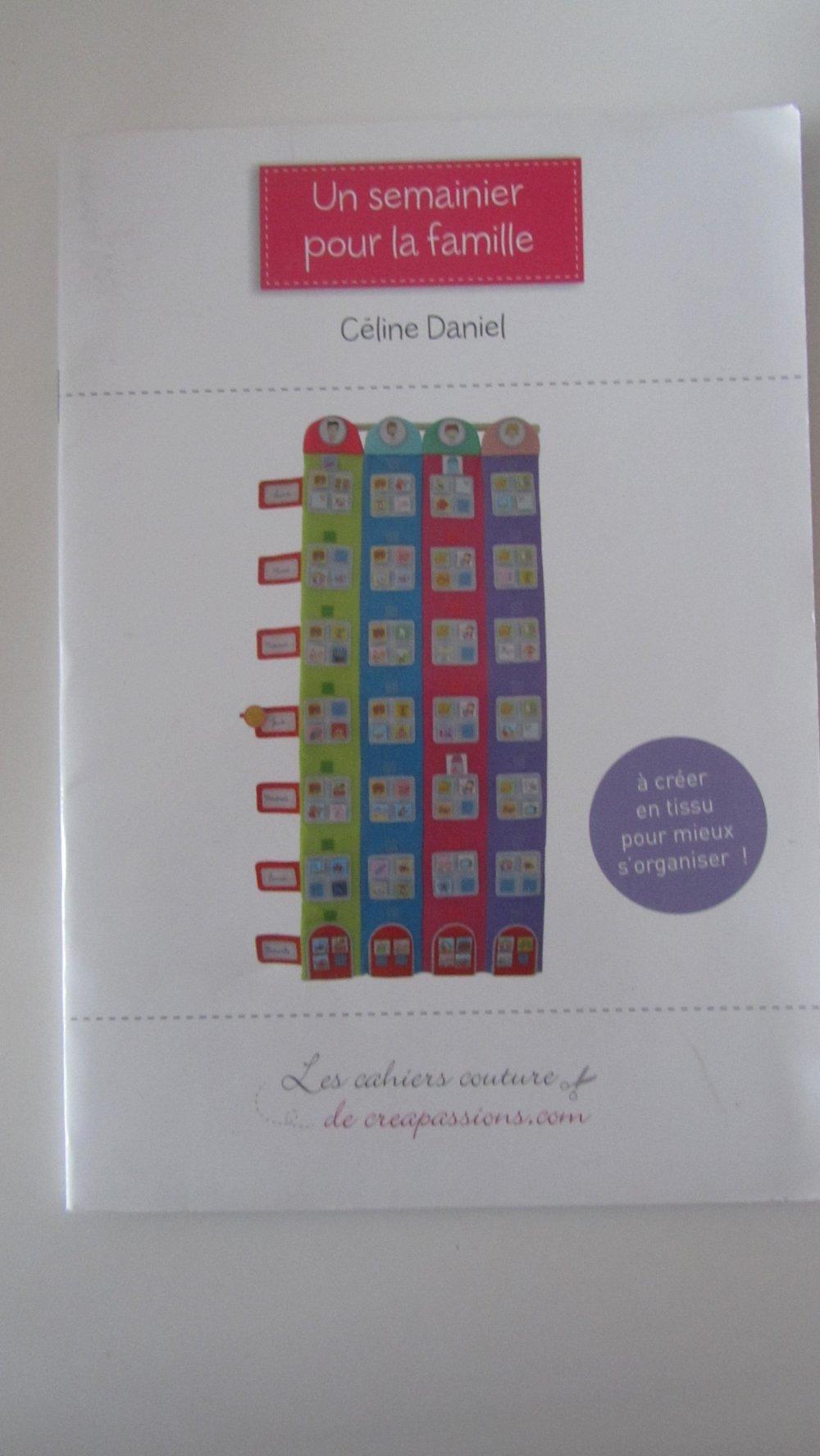 Faire Un Semainier livre-cahier de couture - patron un semainier pour la famille