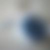 Boîte de perles duo opaque de couleur bleu gris