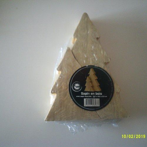 Sapin en bois avec sapin amovible - dimension : 14,5 cm x 11 cm