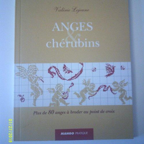 """Livre """"anges et chérubins"""" - plus de 80 anges à broder au point de croix"""
