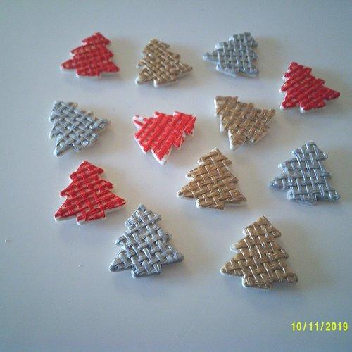 Lot de 12 petits sapins en bois or, argent et rouge