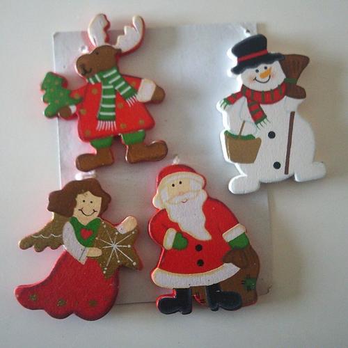 Lot de 4 personnages en bois pour la décoration avec ficelle pour les suspendre- vite les fêtes approchent