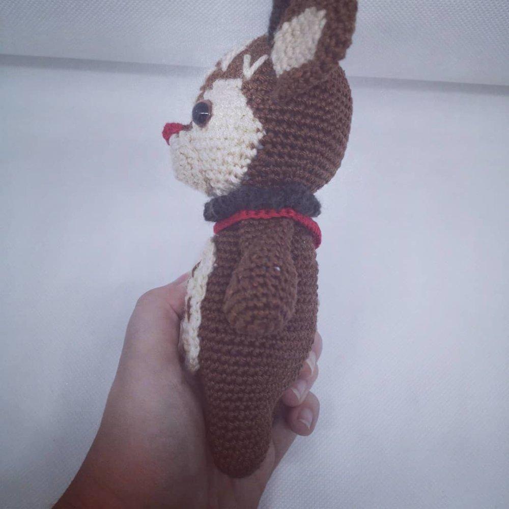 Amigurumi (peluche) renne de Noël fait main au crochet personnalisable