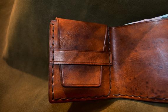 portefeuilles en cuir marron vintage , cuir tannage naturel