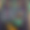 Collier suédine pendentif doré vert émeraude pailleté