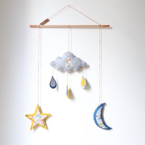 Mobile bébé - feutrine - lune, étoile, nuage, pluie - jaune, bleu, gris,  liberty - chambre bébé, enfant