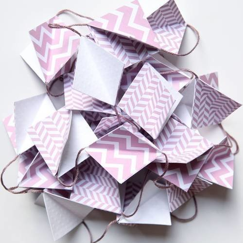 Guirlande en papier - forme losange 3d - mauve (parme ...