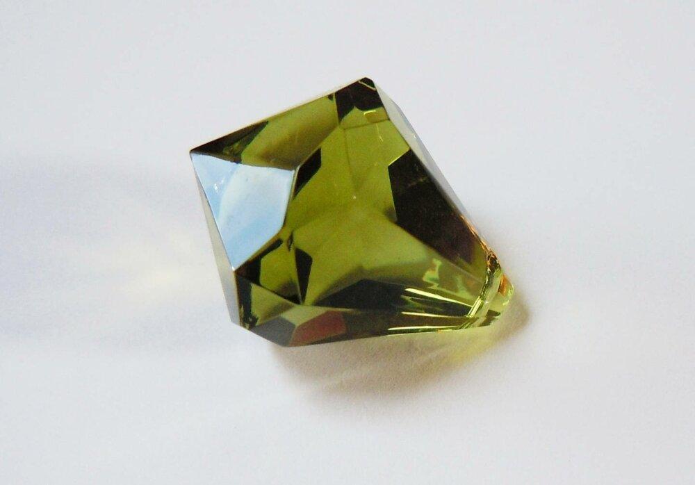 Perle Pampille Toupie Vert Kaki 2,5 cm