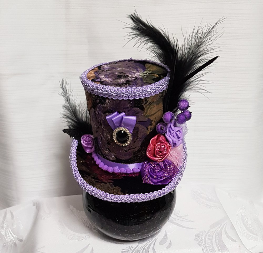Mini chapeau de décoration et  haut de forme en velours irisé