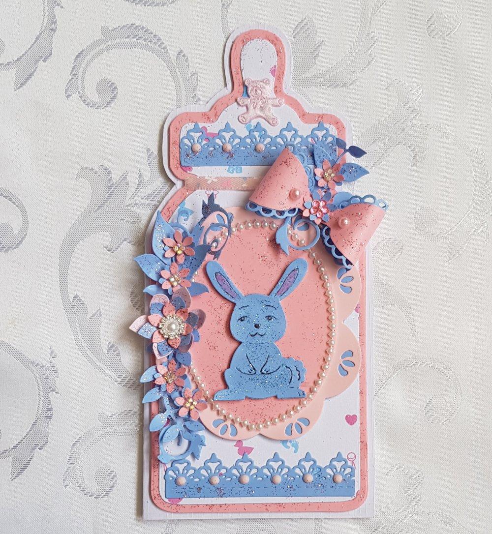carte bébé en forme de biberon