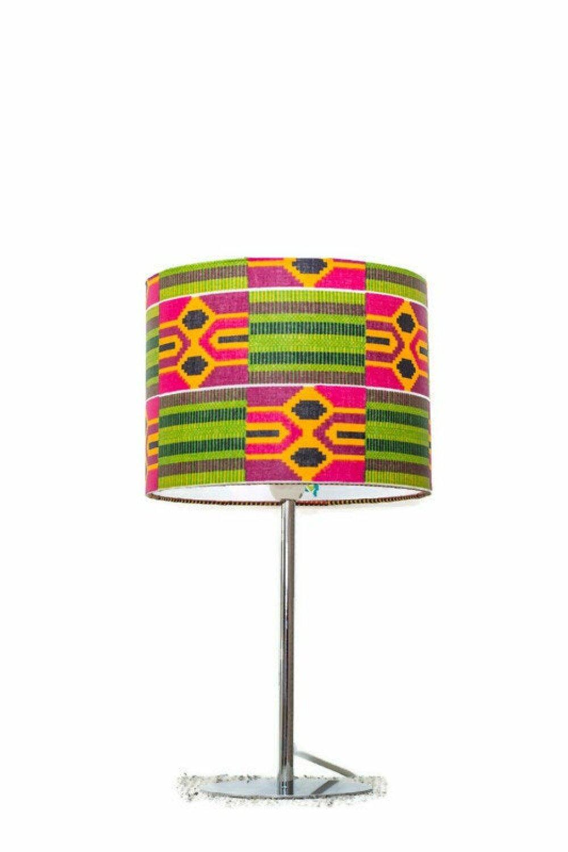 Lampe de chevet ou à poser en tissu wax africain aux motifs géométriques, lampe de table enfant ou de bureau, abat-jour fait main imprimé