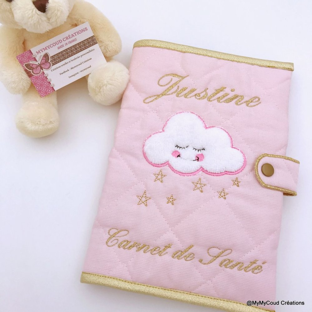 Protège carnet de santé personnalisé nuage et ses étoiles
