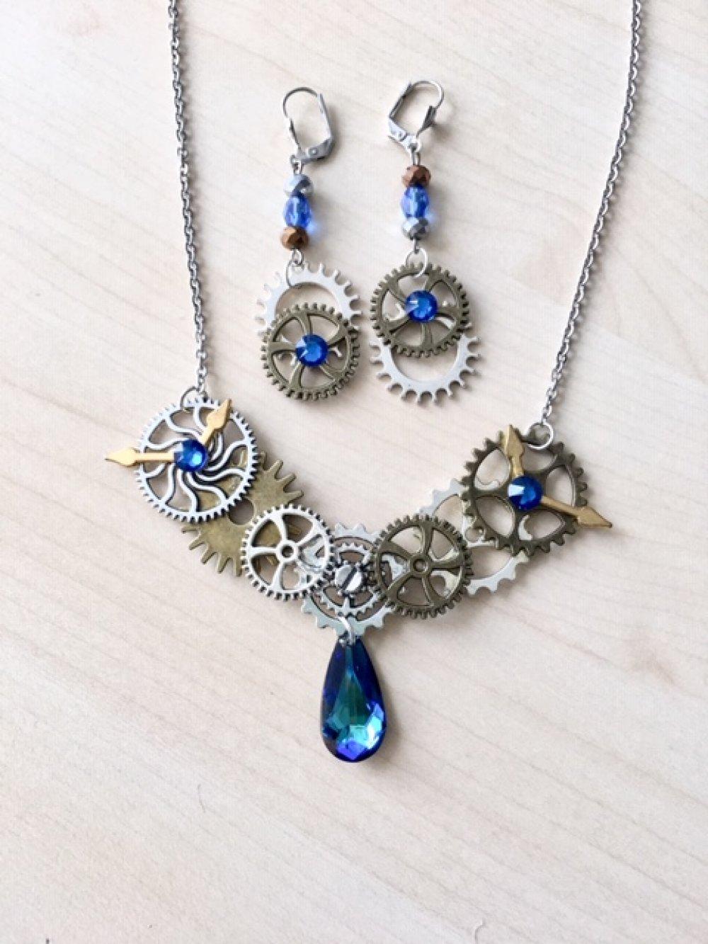 Parure steampunk avec rouages, engrenages et cristal Swarovski bleu