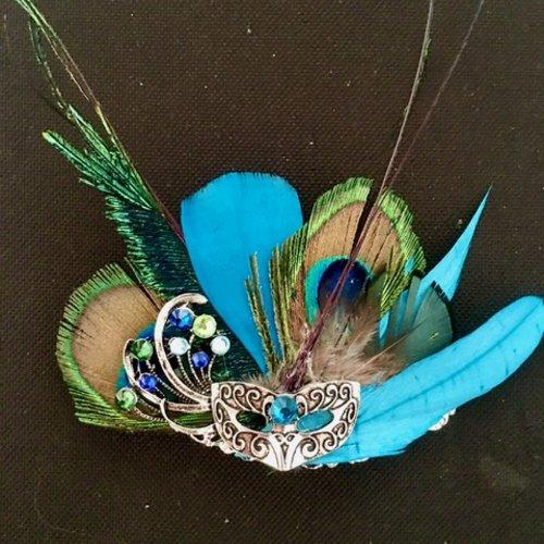 Barrette clip avec masque vénitien, plumes de paon, strass de cristal swarovski