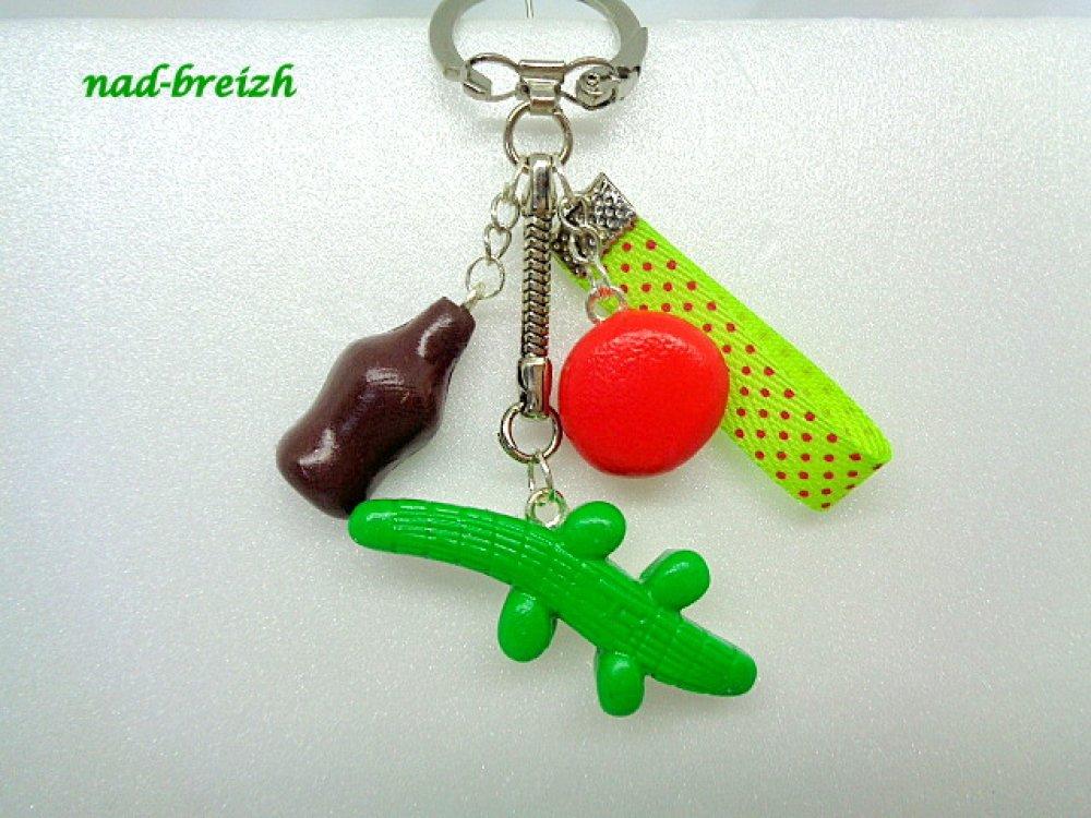 Porte clé Enfant  Bonbons Pâte polymère Fimo Crocodile, Bouteille de Coco, Fraise + Ruban - Fait main