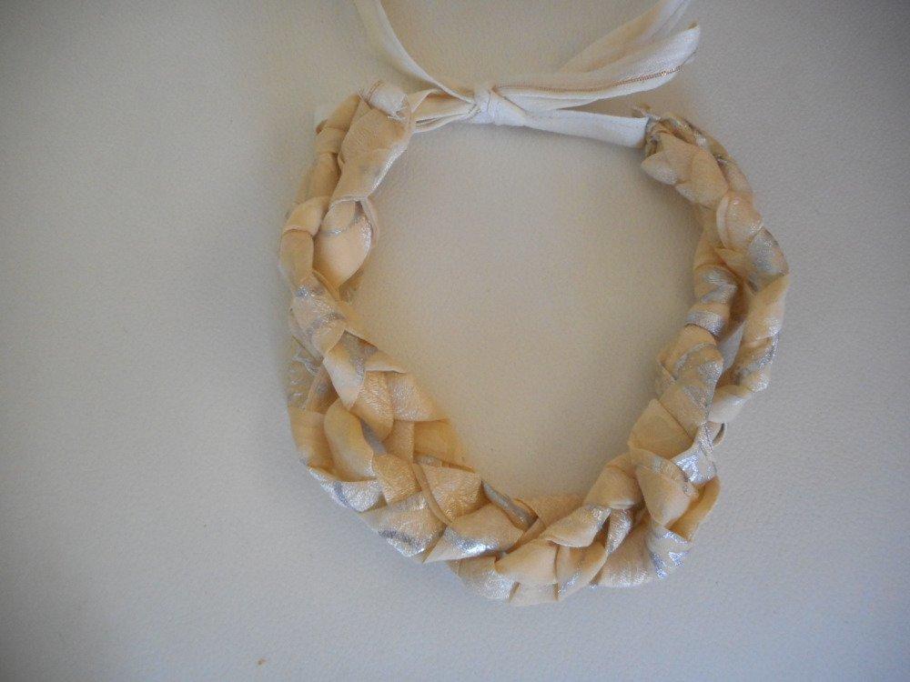 collier ou serre tête en tissus, serre tête ou collier tresse