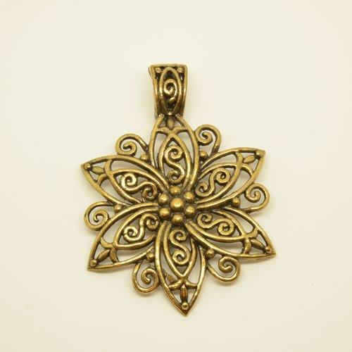 Grand pendentif fleur - ciselé - bronze - 48x62mm