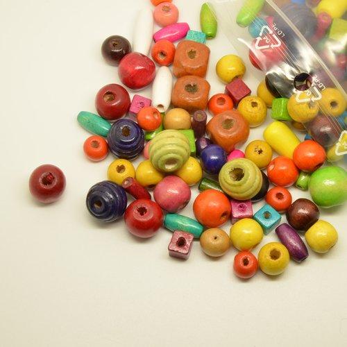 100gr de perles en bois de couleurs, formes et tailles variées
