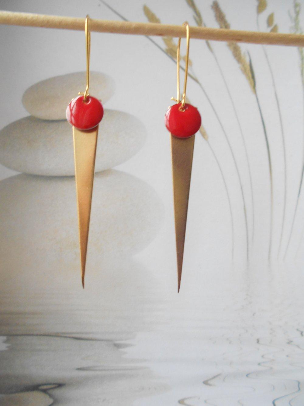 boucles d'oreilles pic laiton doré sequin émaillé rouge