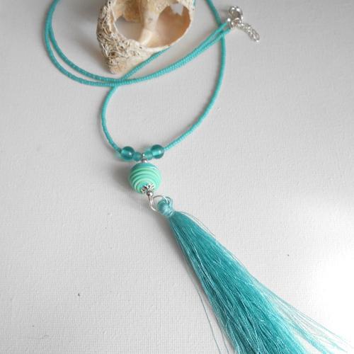 Collier perle et pompon turquoise
