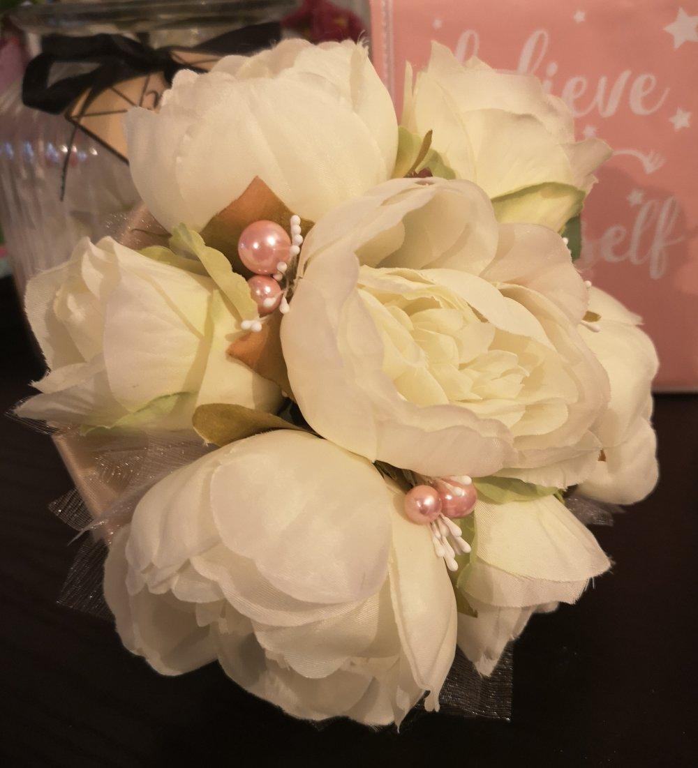 Bouquet de demoiselle d'honneur pivoine éternel