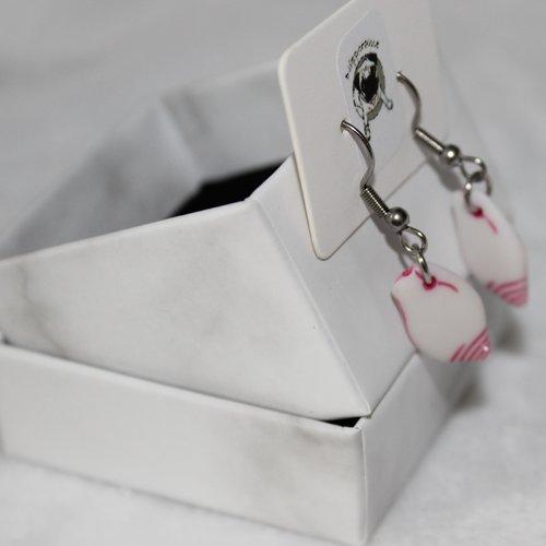 Boucles d'oreilles coquillage arrondi rose foncé