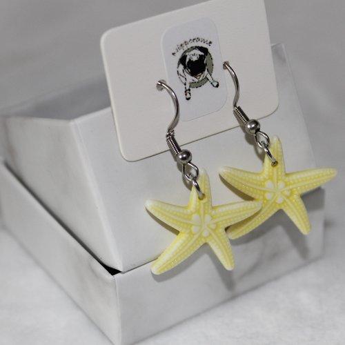 Boucles d'oreilles etoile de mer jaune