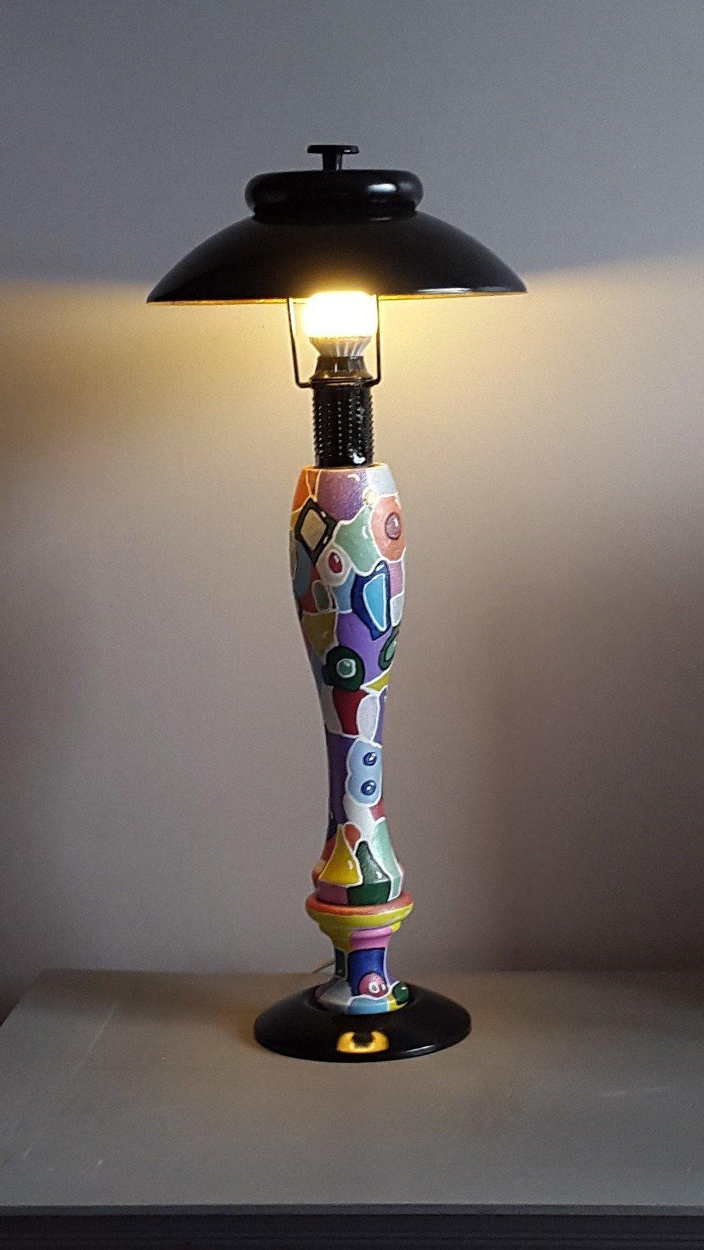 Lampe couleurs peinte à la main