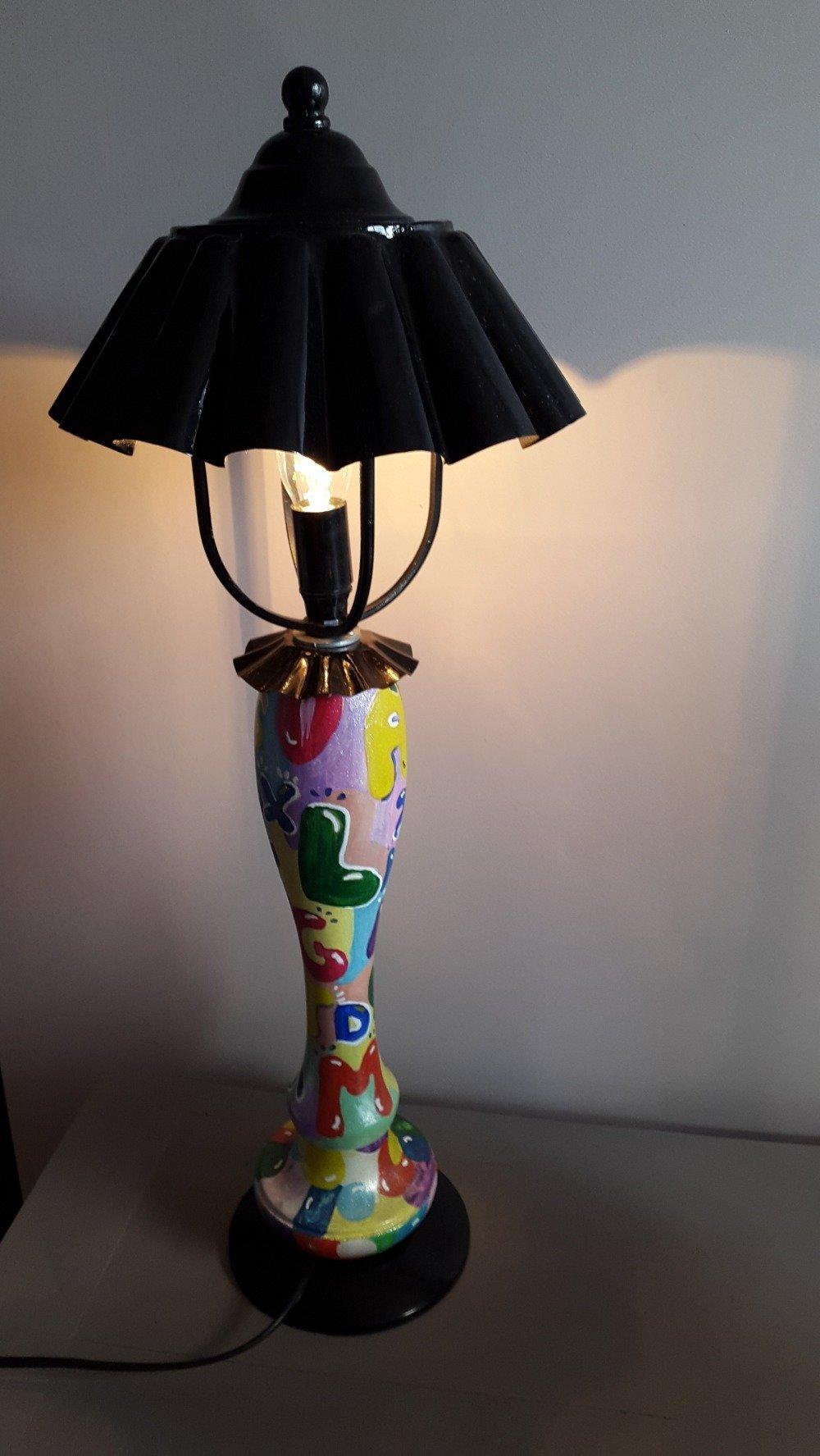 Lampe lettres toutes en couleurs