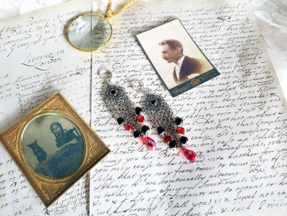 Boucle d'oreille estampe style rétro antique vintage ancienne perle rouge noire strass dormeuse crochet couleur argent romantique bohème