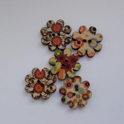 Lot 5 boutons en bois forme marguerite 20mm