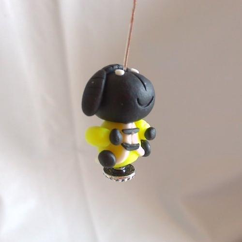 Perle petit mouton noir personnage kawaïï en pâte polymère ou fimo