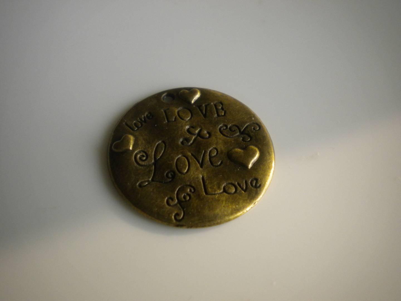 Breloque bronze pendentif percé Love