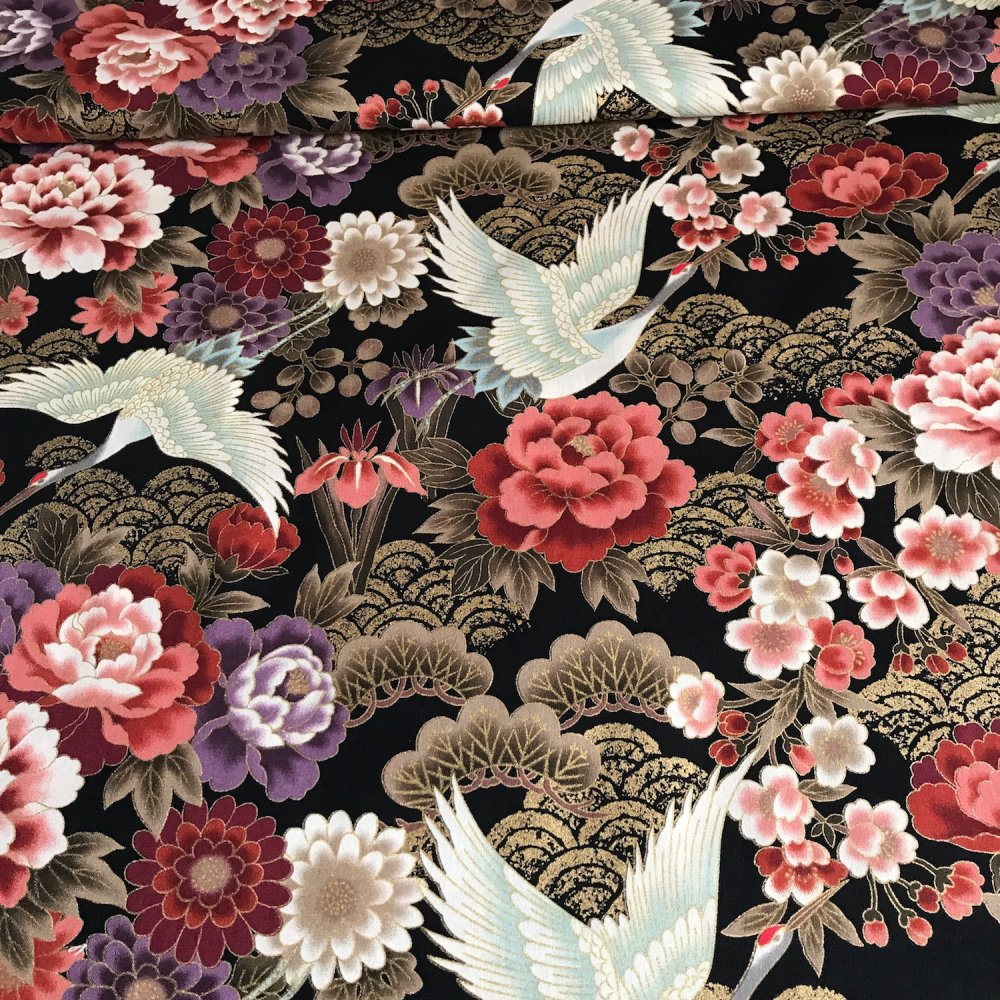 Tissu japonais, motif traditionnel Grue, fond noir, coton 110x50 (295C)