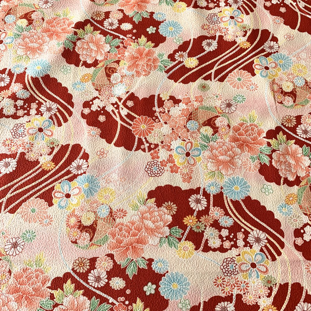 Tissu japonais, motif traditionnel Fleurs, fond rouge, coton 110x50 (425B)