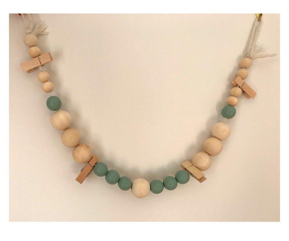 Guirlande de perles en bois