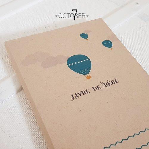 Livre premières années de bébé { montgolfière } un cadeau de naissance unique et original