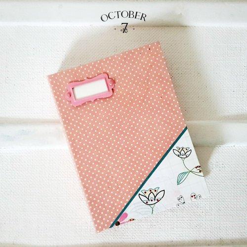 Carnet de notes ligné { pink polka } coloris rose