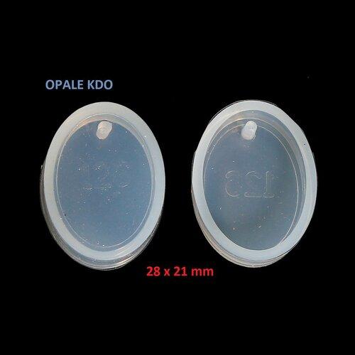 Moule souple en silicone ovale 28 x 21 mm